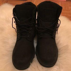 NWOT timberland waterproof boots